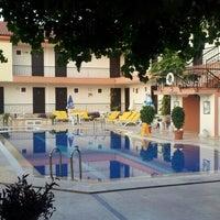 9/18/2012 tarihinde Umut G.ziyaretçi tarafından Mom's Hotel'de çekilen fotoğraf