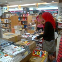 Photo taken at Gramedia by mulian o. on 3/29/2013