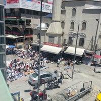 6/21/2013 tarihinde Merve Evlygl Dmrcnziyaretçi tarafından Şirinevler Meydanı'de çekilen fotoğraf