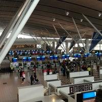 Foto tirada no(a) Aeroporto International da Cidade do Cabo (CPT) por Matt M. em 3/8/2013