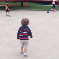 Photo taken at Parque Mariano Escobedo by Elideth M. on 5/3/2015