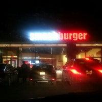 Photo taken at Smashburger by Simon on 1/27/2013