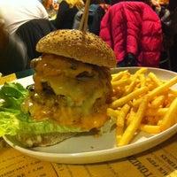 Photo taken at Hangar Burger by Francesca on 2/1/2014