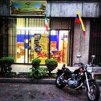 Foto tomada en El Araguaney por Liliam M. el 4/6/2013