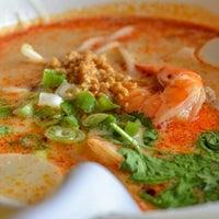 Photo taken at Navin Thai Restaurant by Carito O. on 4/3/2016