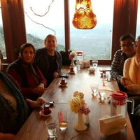 Photo taken at Kaplan dağ restorant by Zeynep on 2/23/2016