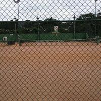 Photo taken at Quadras De Tenis Do Bela by Thaise Fernanda F. on 2/28/2013