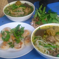 Photo taken at Bún Bò Huế O Xuân - Cơ Sở 2 by Ixj M. on 7/27/2014