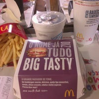 Photo taken at McDonald's by Bruna C. on 2/21/2013