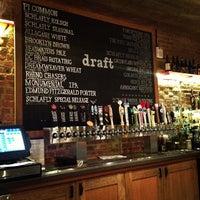 Das Foto wurde bei Pi Pizzeria von Derek L. am 1/16/2013 aufgenommen