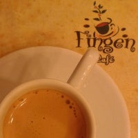Photo taken at Fingen Café by Rubens N. on 5/2/2013