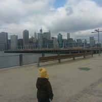 2/24/2013에 Leroy J.님이 Pier 6 Dog Run에서 찍은 사진