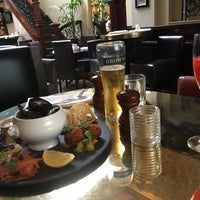 Photo taken at Browns Bar & Brasserie by Maria K. on 6/25/2017