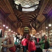 Photo taken at Livraria Lello by Eujinn H. on 12/18/2012