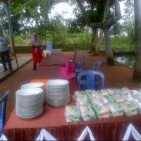 Photo taken at Lesehan Bina wisata by bayu i. on 12/23/2012