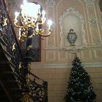 Снимок сделан в Театр музыкальной комедии пользователем Alina E. 12/19/2012