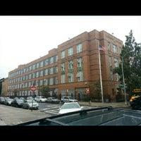 Das Foto wurde bei Clara Barton High School von NYC ENT Y. am 10/9/2012 aufgenommen