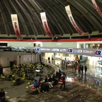 Foto tomada en Terminal de Autobuses de Pasajeros de Oriente (TAPO) por Jose M. el 7/9/2013