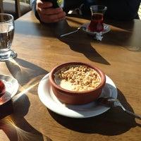 Das Foto wurde bei Alya Garden Restaurant Cafe von Mehmet A. am 2/24/2013 aufgenommen
