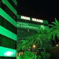 10/28/2013 tarihinde Dmitry U.ziyaretçi tarafından MGM Grand Hotel & Casino'de çekilen fotoğraf