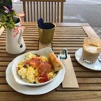 Снимок сделан в Кафе О Ле / Cafe Au Lait пользователем Илья Л. 6/24/2018