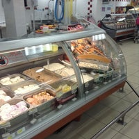 Photo taken at Cafe Express by Abdelrahman J. on 9/28/2013