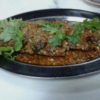 Photo taken at Restoran Singgah D'Klasik by Princess Arianna on 11/8/2013