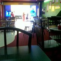 Photo taken at Restoran Sunbulah by Azizi A. on 7/8/2013