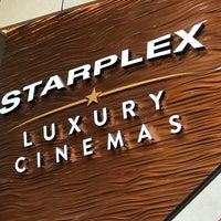 Das Foto wurde bei AMC Starplex Cinemas Loudoun Luxury 11 von William S. am 7/29/2017 aufgenommen