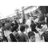Photo taken at Kantor Kecamatan Samarinda Seberang by Indra R. on 8/24/2014