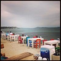 5/17/2013 tarihinde Zuhallllllll .Aziyaretçi tarafından Denizaltı Cafe & Restaurant'de çekilen fotoğraf