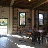 Photo prise au Moniker Coffee Co. par bbo k. le4/16/2017