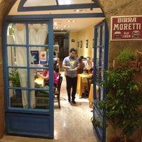 Foto scattata a Pizzeria Vesuvio da Anton V. il 8/3/2013