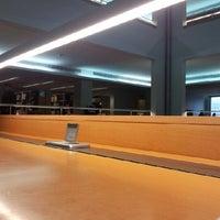 Photo taken at Biblioteca da FEUP by Francisco M. on 1/30/2013