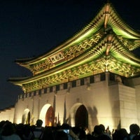 Photo taken at Gyeongbokgung by Louis on 5/23/2013