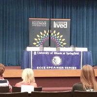 Foto tomada en Public Affairs Center (PAC) at the University of Illinois Springfield por Matthew P. el 6/7/2013