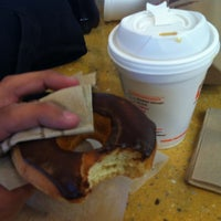 Photo taken at Dunkin Donuts by Brunno C. on 3/21/2013