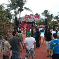 รูปภาพถ่ายที่ Hotel Chachalacas โดย Moisés A. เมื่อ 10/27/2012
