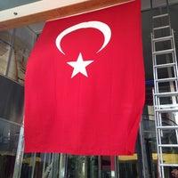 8/29/2013 tarihinde ahmetziyaretçi tarafından Renaissance Izmir Hotel'de çekilen fotoğraf