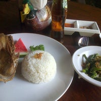 Photo taken at Bebek Bengil (Dirty Duck Diner) by mangkurege A. on 4/24/2013