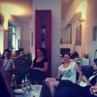 Das Foto wurde bei Bürogemeinschaft Eckladen von Christian D. am 9/5/2013 aufgenommen