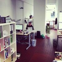 Das Foto wurde bei Bürogemeinschaft Eckladen von Christian D. am 10/19/2012 aufgenommen