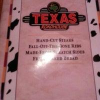 Photo taken at Texas Roadhouse by Kristine on 1/12/2013