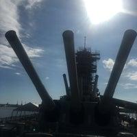 Photo taken at USS Oklahoma Memorial by 走れるライダー on 2/18/2017