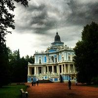 Снимок сделан в Дворцово-парковый ансамбль «Ораниенбаум» пользователем Elena K. 7/21/2013