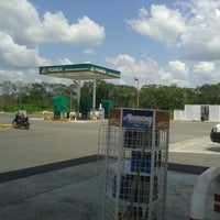 Photo taken at Gasolinera Yucatanense by Rm D. on 7/25/2013