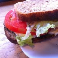 9/23/2012 tarihinde Zornitsaziyaretçi tarafından Café Ma Baker'de çekilen fotoğraf