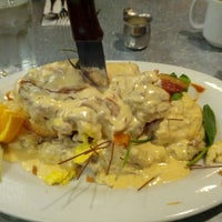 Photo taken at Hash House A Go Go at The LINQ by Matt R. on 11/4/2012