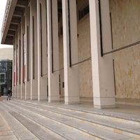 Photo taken at Biblioteca Departamental Jorge Garcés Borrero by Jessie on 9/30/2012