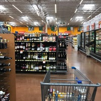 Foto tomada en Walmart Paraíso por tasteeverything el 4/22/2017